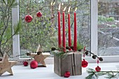 Unusual Advent wreath with wooden block as a candle holder
