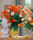 Tulip bouquet orange-white
