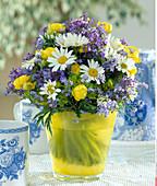 Argyranthemum frutescens (Marguerite), Trollius europaeus