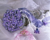 Bridal bouquet holder, chicken wire in the shape of a bag, Tillandsia