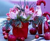 Weihnachtsstrauß mit Amaryllis