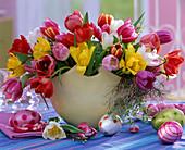 Tulipa 'Merry Widow' (Tulip), Salix (Willow Wreath)
