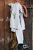 Grey cardigan embroidered with snowdrops