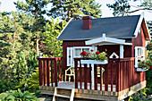 Swedish summer house in garden
