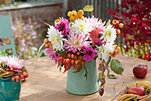Autumn bouquet with Dahlia (dahlia), Malus (ornamental apple)