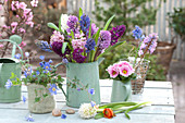 Hyacinthus bouquet in a green pot, Anemone blanda