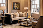 Glamorous living room in shades of Champagne and black