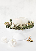 Hand-made Advent wreath on cake stand