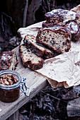 Rustikales Brot mit Nüssen