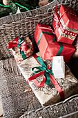 Verpackte Weihnachtsgeschenke