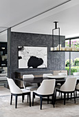Elegant dining area in front of a partition wall in the architect's house