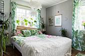 Schlafzimmer im Dschungel-Look