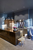 Masculine mix of materials and colours in modern kitchen