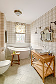 Tartan wallpaper in classic bathroom