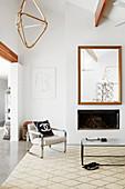 Moderne Eleganz im Wohnzimmer mit hoher Decke und Kamin