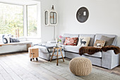 Wintery living room in shades of gray