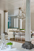 Exclusive dining room in Mediterranean style with pillars