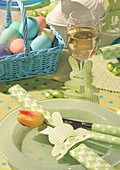 Napkin with DIY paper bunny napkin ring and tulip
