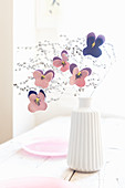 DIY-Hornveilchenblüten aus Filz