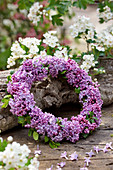 Wreath of lilac flowers