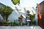 Asian-inspired terrace