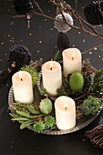Modern, DIY Advent wreath with succulents and pompoms in black and grey