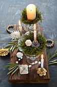 DIY-Adventskranz mit echtem Moos im Kristallglas