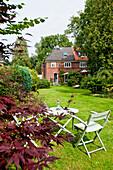 Alte Haushälfte mit Garten, genannt Kaffeemühle, Hamburg, Deutschland