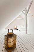 Schlafzimmer eingerichtet im Country-Stil, Hamburg, Deutschland