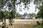 Wohnhäuser im Grünen Stadtrand von Hittfeld, Gemeinde Seevetal, Niedersachsen, Deutschland