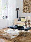 Wohnzimmer mit afrikanischen Accessoires