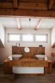 Bathroom with wooden ceiling and wooden washstand