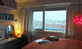 Bedroom with view of London