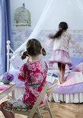 Child's birthday - girls playing