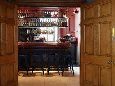 Bar im Restaurant Jamies Italian Cheltenham, England