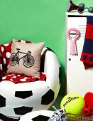 Room decorating ideas for soccer fans