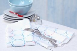 Linen napkins hand-printed with pattern of circles
