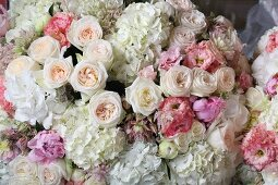Romantic bouquet of roses for wedding table