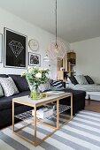 Moderne Ein-Zimmer-Wohnung im skandinavischen Stil