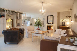 Festive shabby-chic living room
