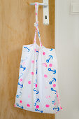 Cloth bag printed with pattern of anchors (DIY foam rubber stamp)
