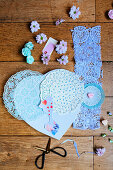 Gift for Mothers' day: canvas heart, doilies and photo of child