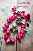 Garland of numbered, red felt Christmas trees