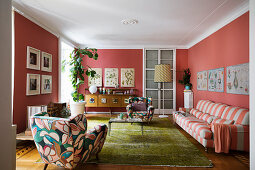 Bold colours and patterns in classic living room