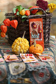 Self-made place cards with autumn leaves