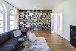 libary of a modern one family villa in Hamburg, north Germany, Germany
