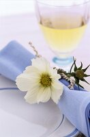 Place setting with flower