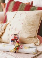 Various scatter cushions