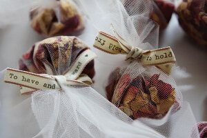 Small, net sachets of potpourri for wedding