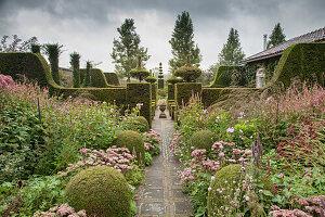 Autumnal topiary gaarden